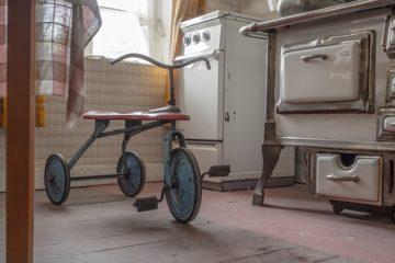 Beneficios de los triciclos de madera en los niños
