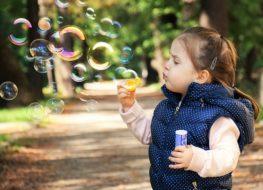 Cómo influyen los correpasillos en los niños